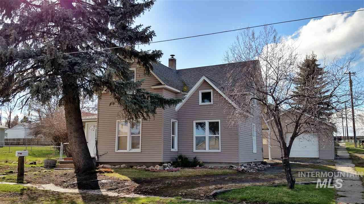 Single Family Home for Sale at 716 N College Grangeville, Idaho 83530