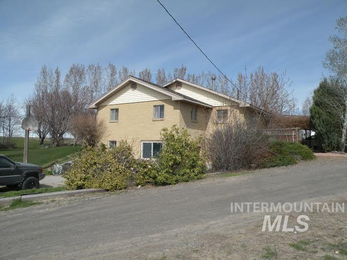 3012 S 2200 E., Wendell, ID 83355