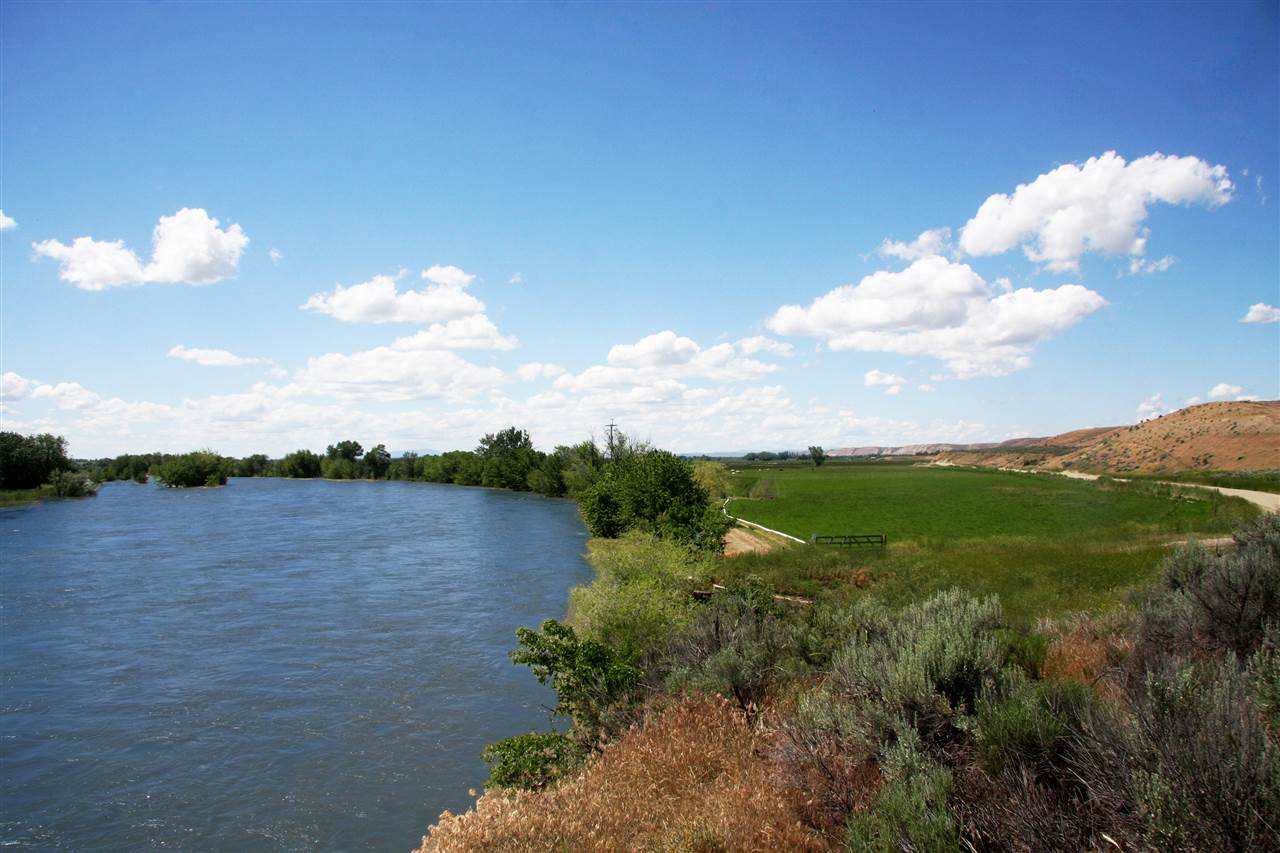 Ranch for Sale at Payette River Payette River New Plymouth, Idaho 83655