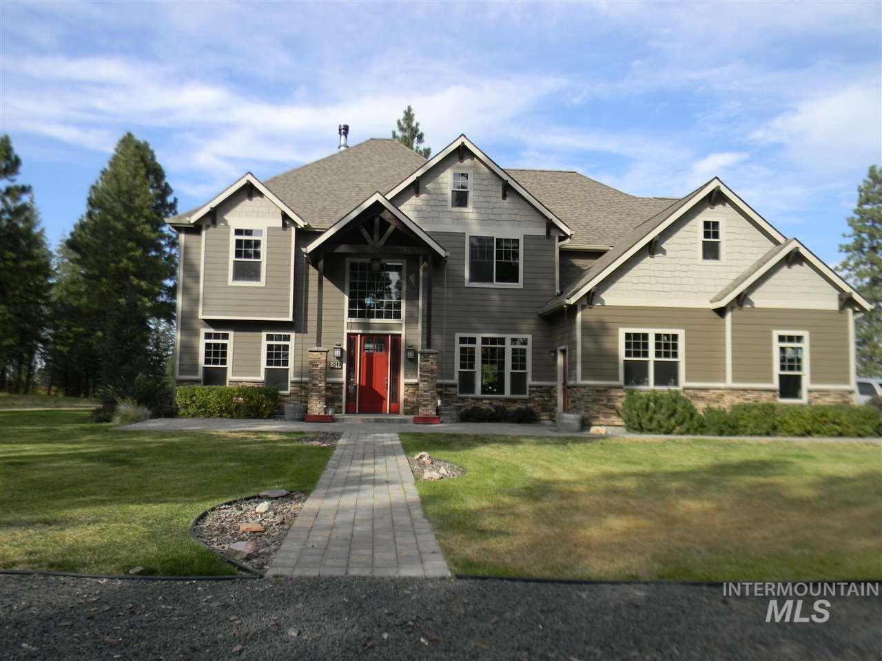 独户住宅 为 销售 在 1070 Davis Road Viola, 爱达荷州 83872