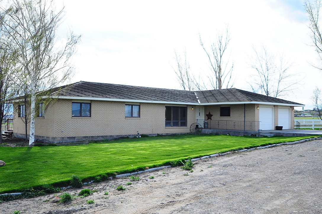 Casa Unifamiliar por un Venta en 2081 Hill Rd Homedale, Idaho 83628