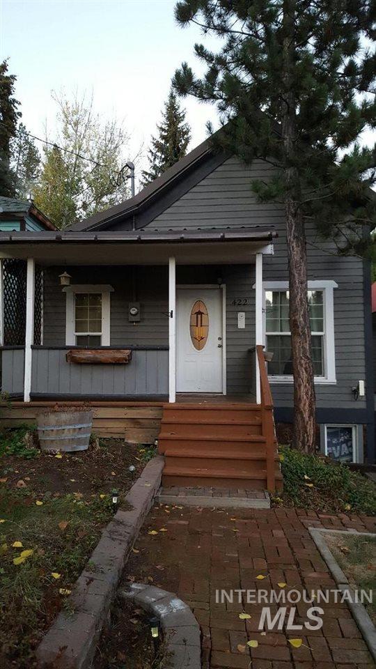 422 S Pine, Troy, ID 83871