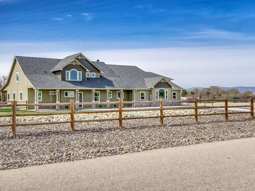 Single Family Home for Sale at 25397 Marina Court 25397 Marina Court Wilder, Idaho 83676