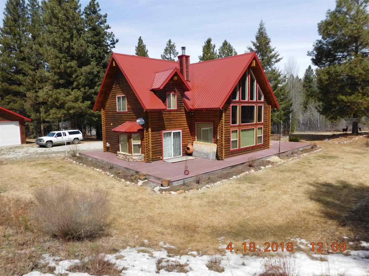 Casa Unifamiliar por un Venta en 1381 E Pine Creek Road 1381 E Pine Creek Road Featherville, Idaho 83647