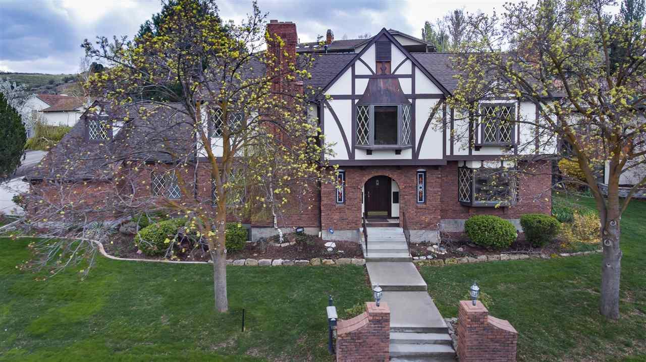 1297 E Hearthstone, Boise, ID 83702