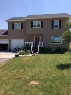 Single Family Home for Sale at 390 2nd St W Hazelton, Idaho 83335