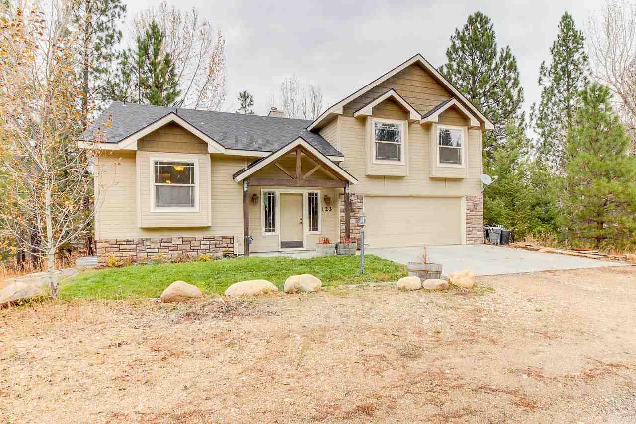 Casa Unifamiliar por un Venta en 123 Prospector 123 Prospector Idaho City, Idaho 83631