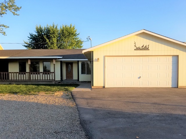 Single Family Home for Sale at 4625 Hwy 72 New Plymouth, Idaho 83655