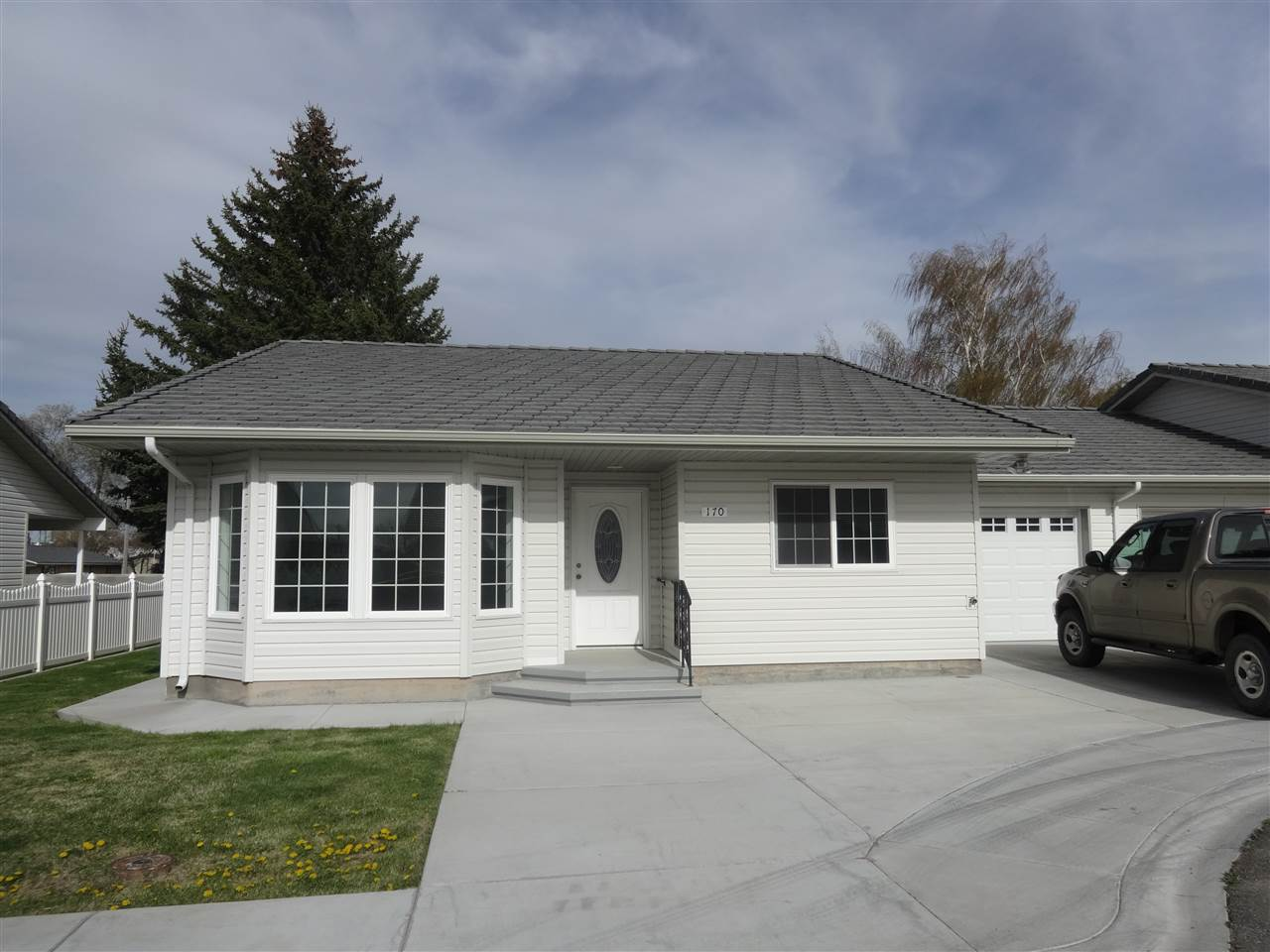 Single Family Home for Sale at 170 Toner Drive Paul, Idaho 83347