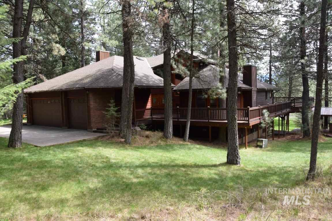 1189 Flannigan Creek, Viola, ID 83872