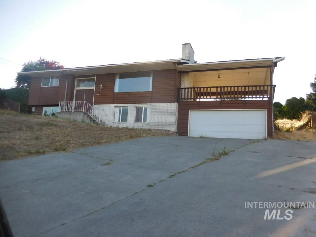Casa Unifamiliar por un Venta en 753 20th Ave 753 20th Ave Clarkston, Washington 99403