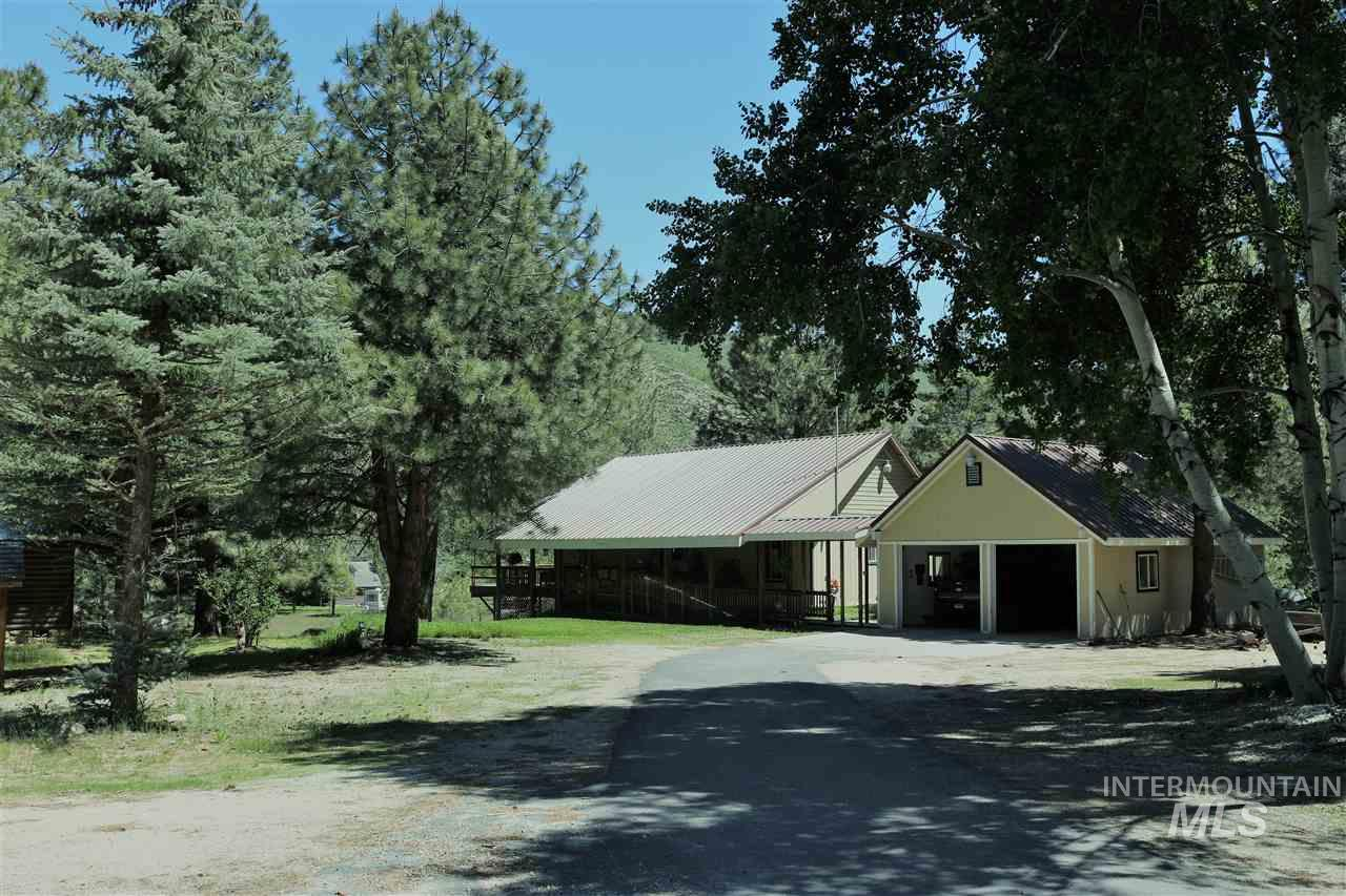 Single Family Home for Sale at 16 E Trish Drive Pine, Idaho 83647