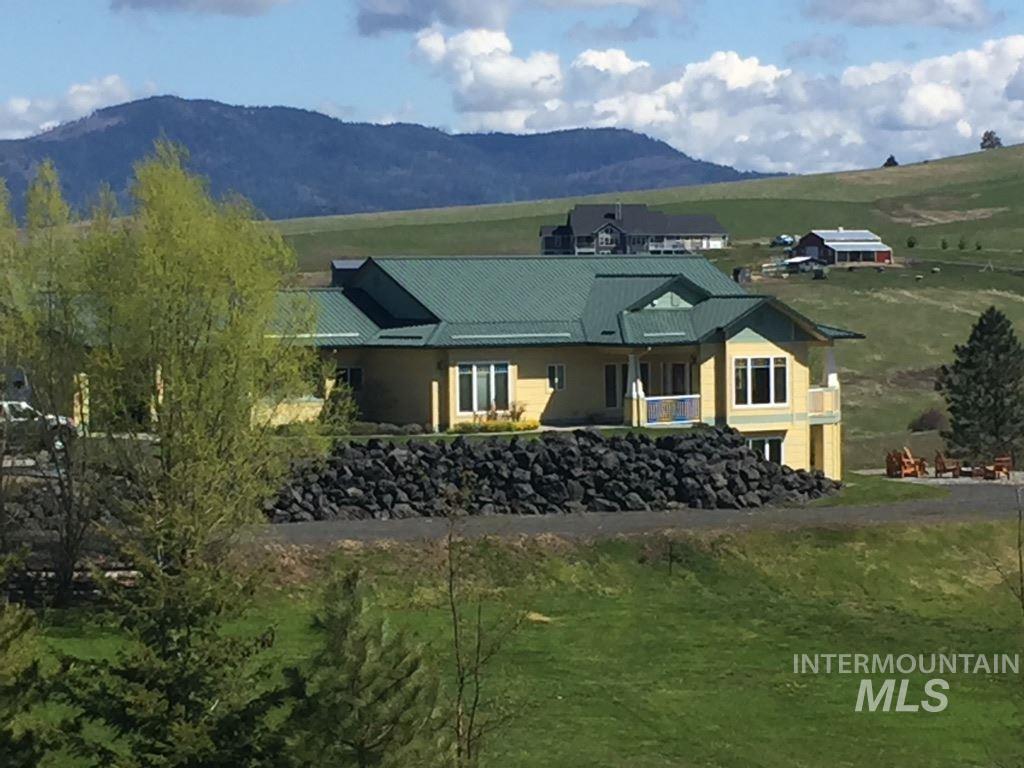 Casa Unifamiliar por un Venta en 2579 Blaine Rd. Moscow, Idaho 83843