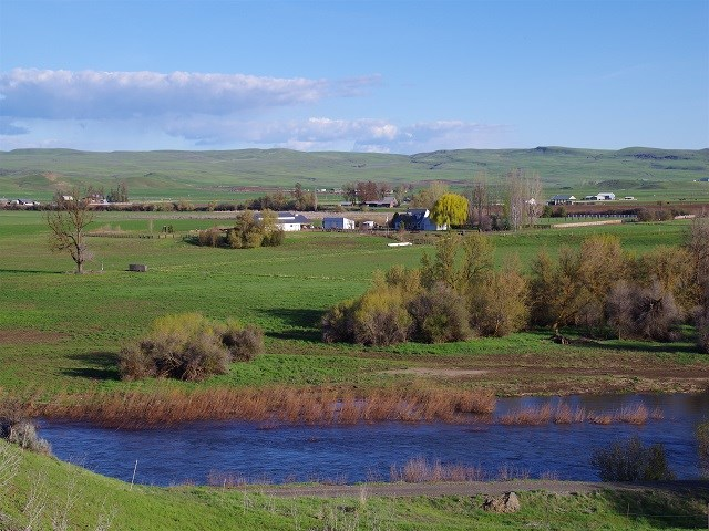 2660 West Valley Road, Midvale, ID 83645