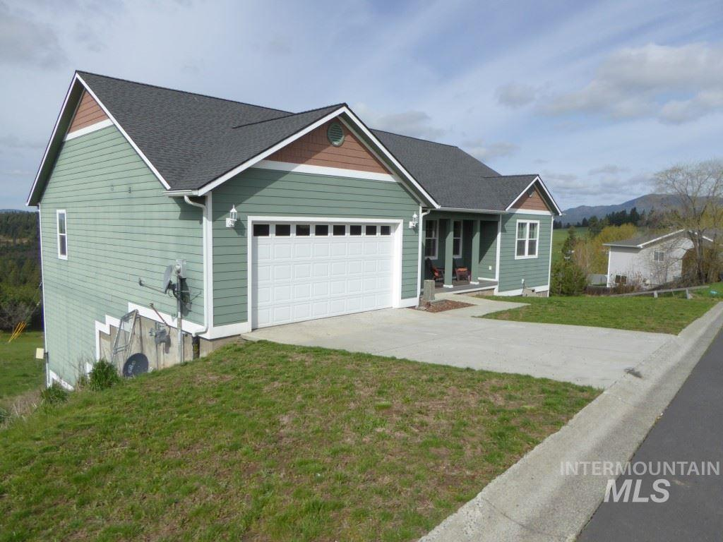 110 Valley View, Troy, ID 83871