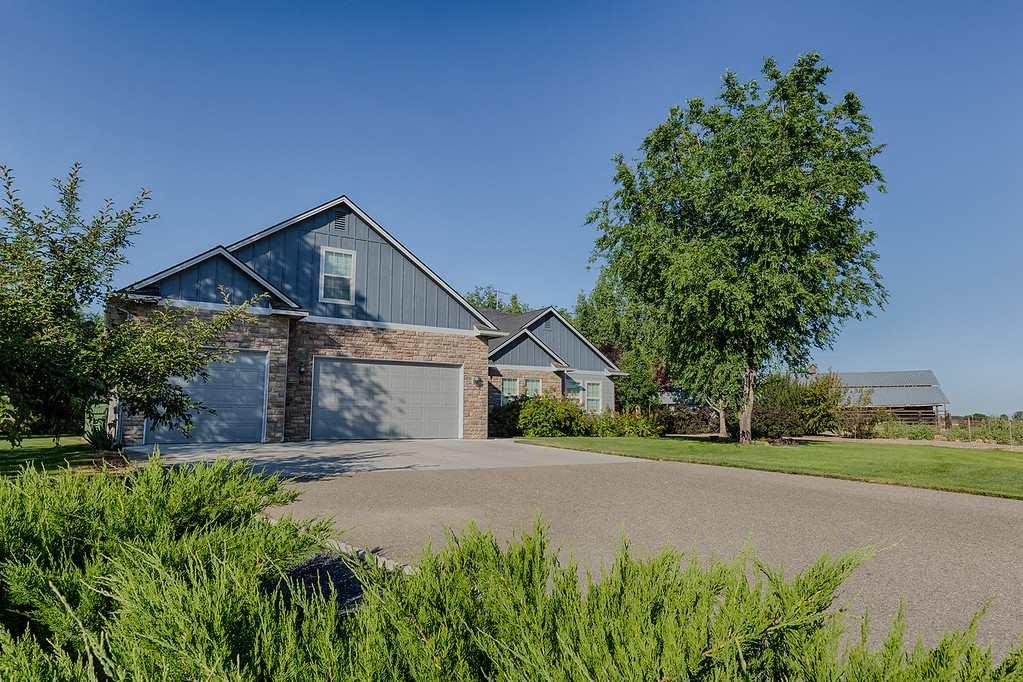 Single Family Home for Sale at 7421 Grande Vallejo 7421 Grande Vallejo Fruitland, Idaho 83619