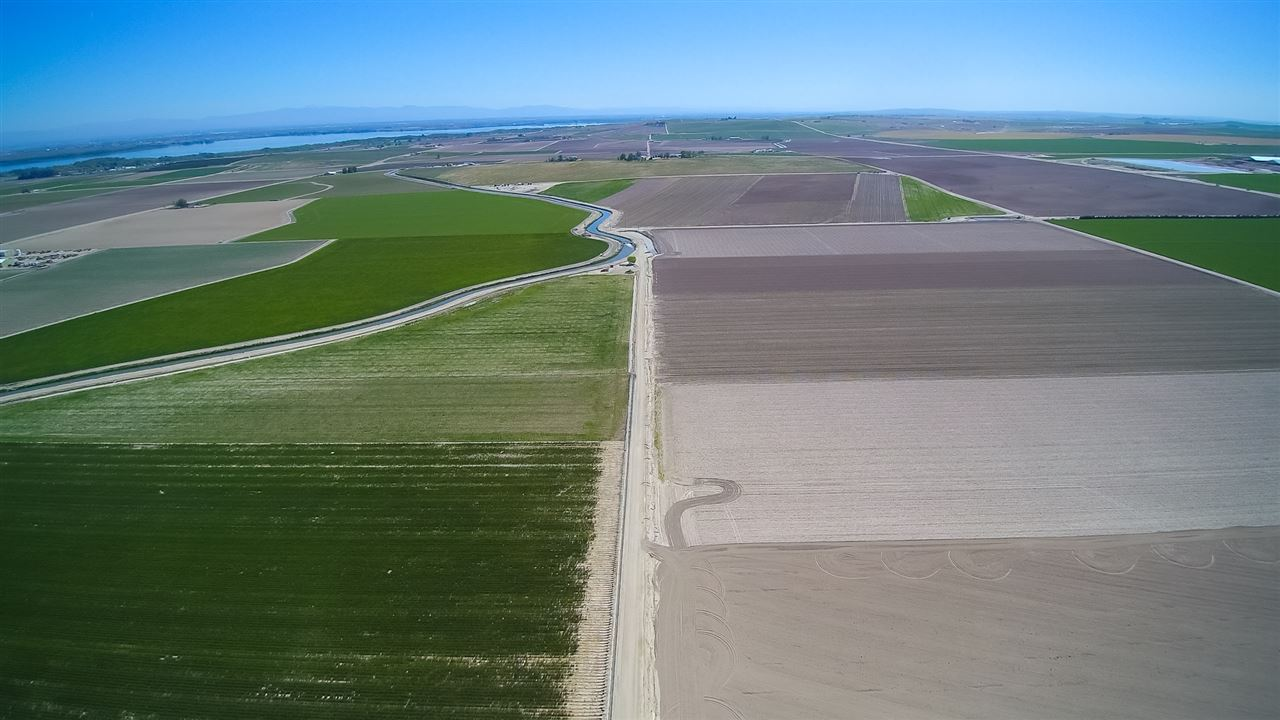 Farm for Sale at 10700 Cool Road 10700 Cool Road Caldwell, Idaho 83607