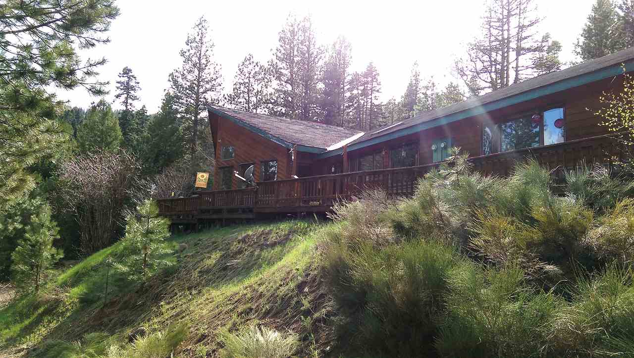 Single Family Home for Sale at 941 W Mountain Road 941 W Mountain Road Cascade, Idaho 83611
