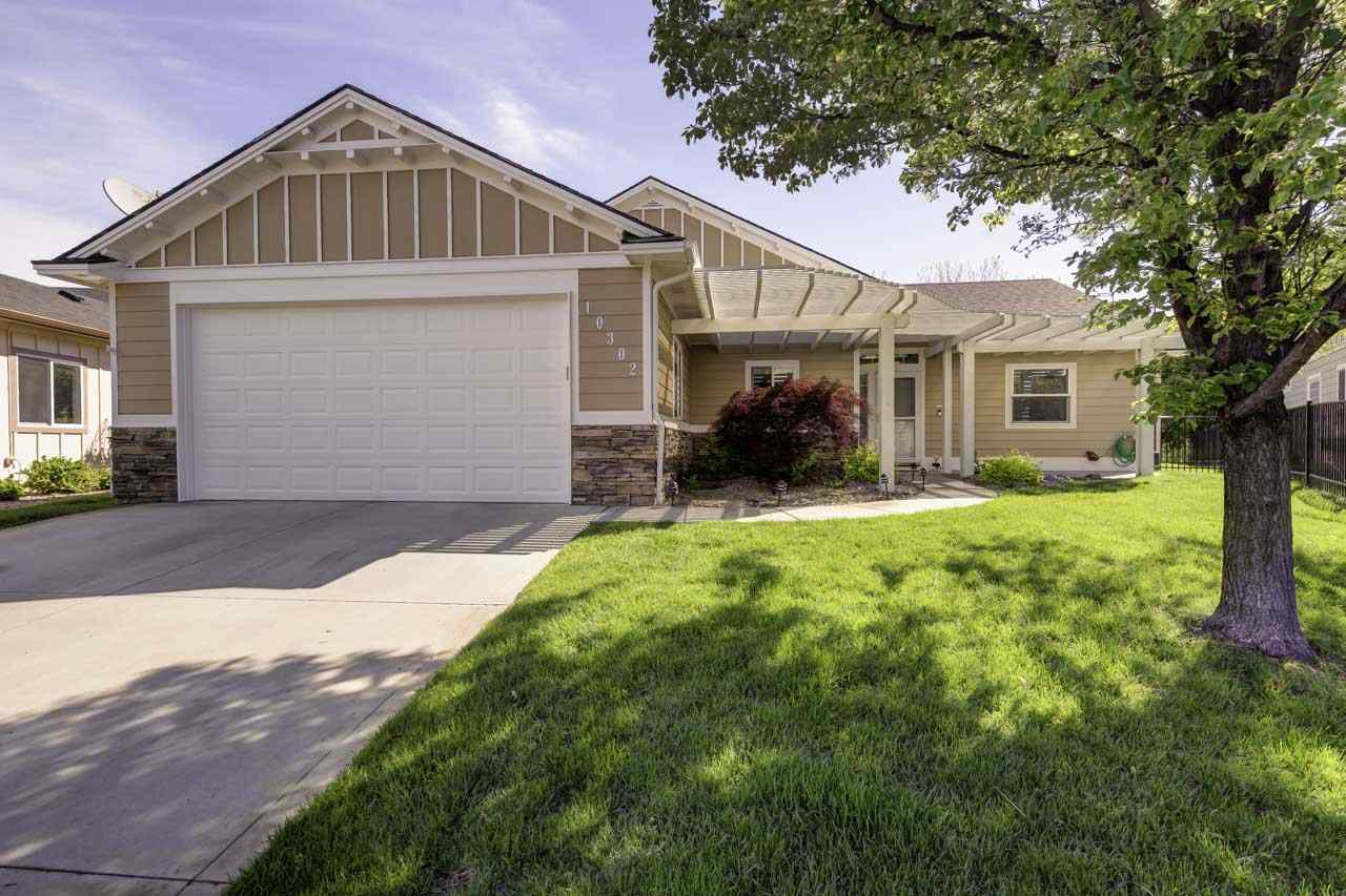 10302 W Waterway Ct, Garden City, ID 83714
