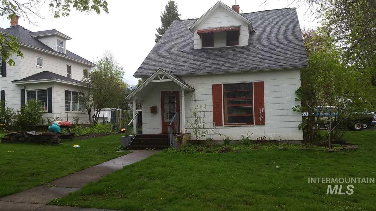 650 E A, Moscow, ID 83843
