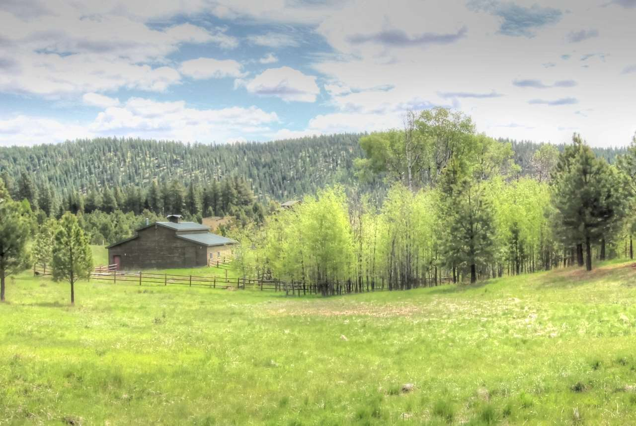 267/271 Barker Loop, Donnelly, ID 83615