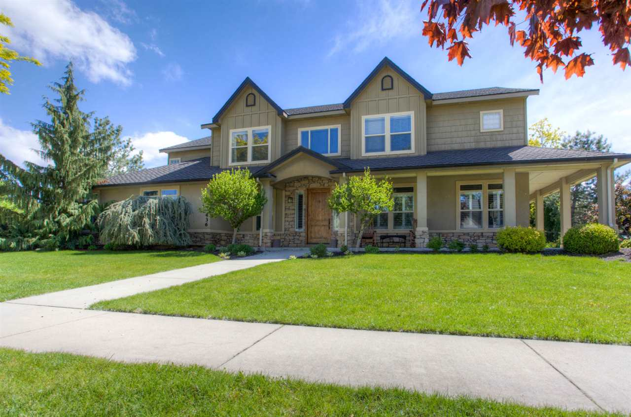 436 W Two Rivers Dr, Eagle, ID 83616