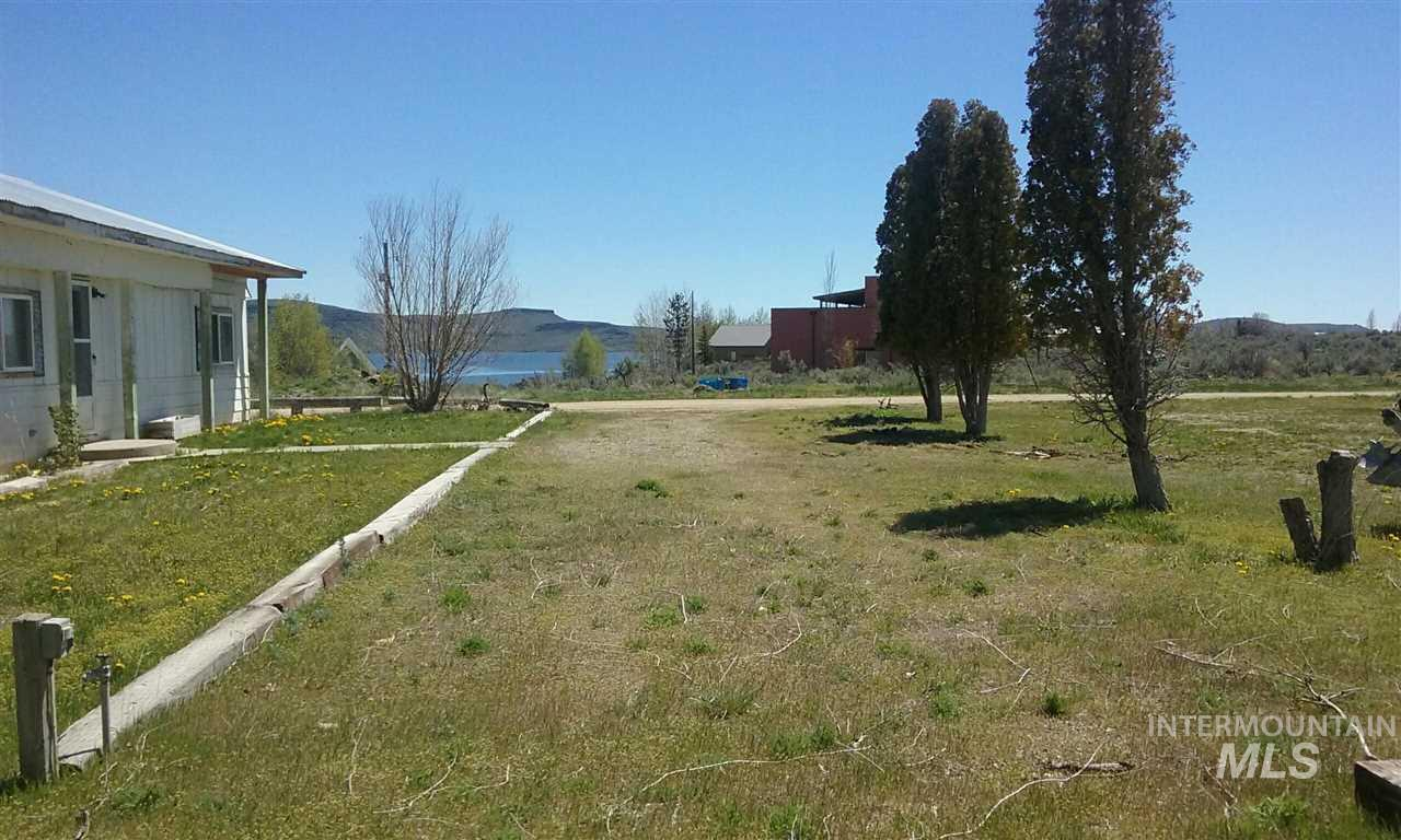 Single Family Home for Sale at 376 Lakeview Lane 376 Lakeview Lane West Magic, Idaho 83352