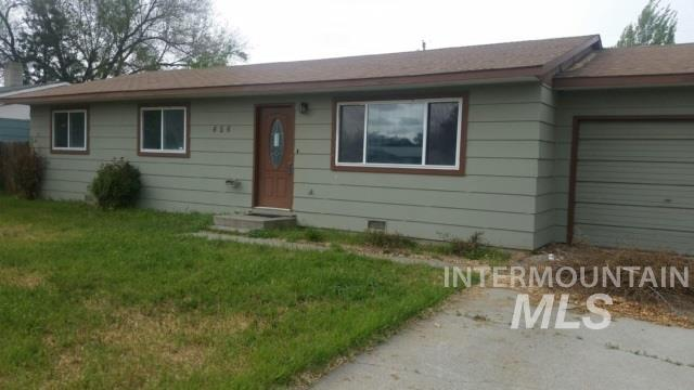 Single Family Home for Sale at 456 4th Avenue E 456 4th Avenue E Wendell, Idaho 83355