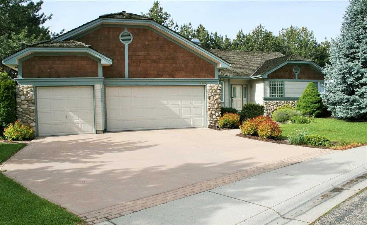 8741 W Atwater Drive, Garden City, ID 83714