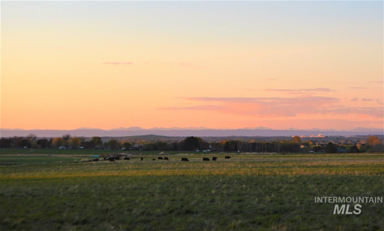 Farm for Sale at 21446 HWY 30 21446 HWY 30 Twin Falls, Idaho 83301
