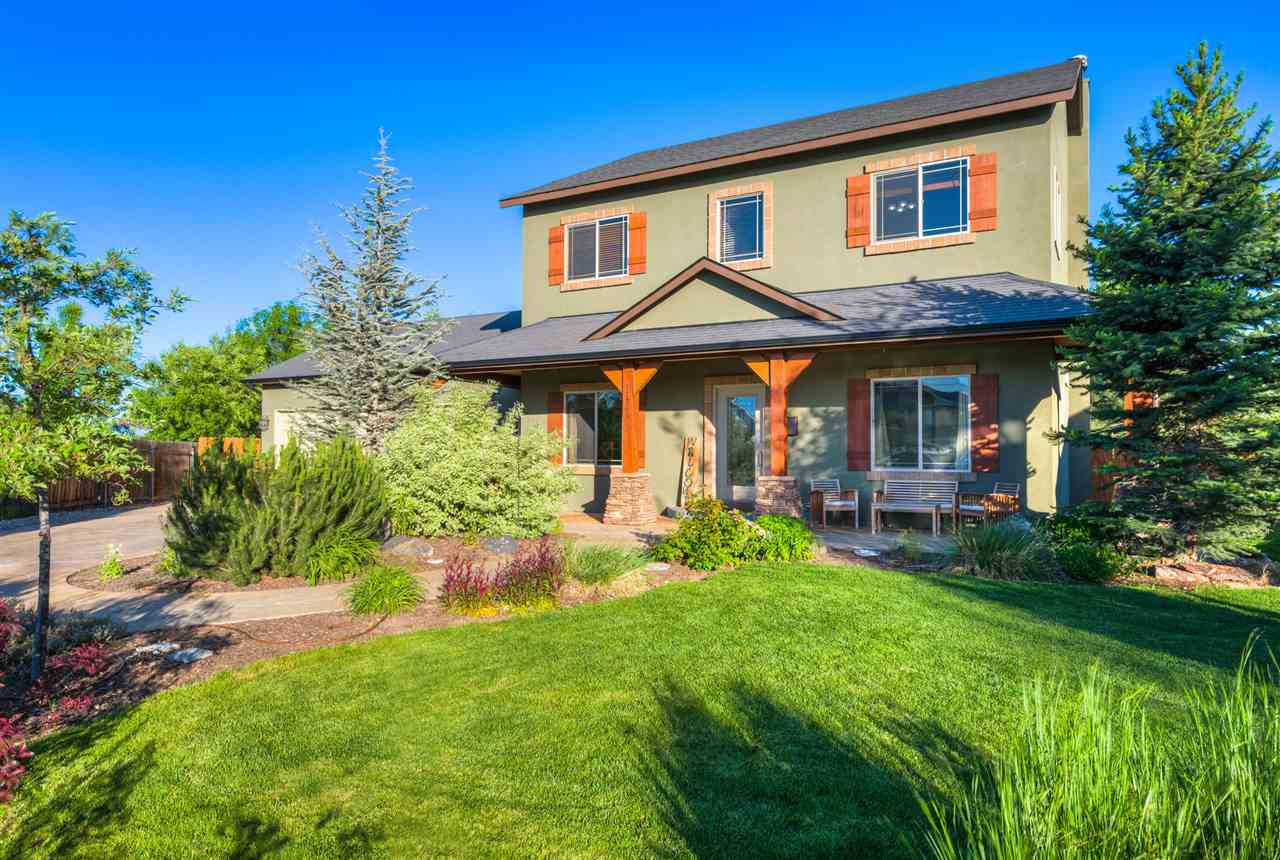 11765 W Darkwood Ct, Star, ID 83669