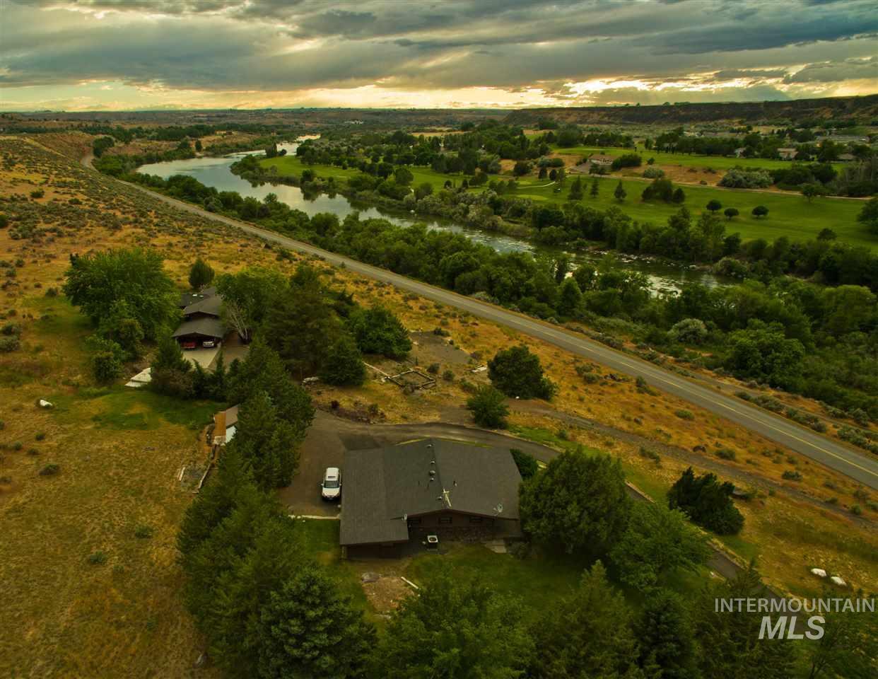 1445 River Road 2 homes, Buhl, ID 83316