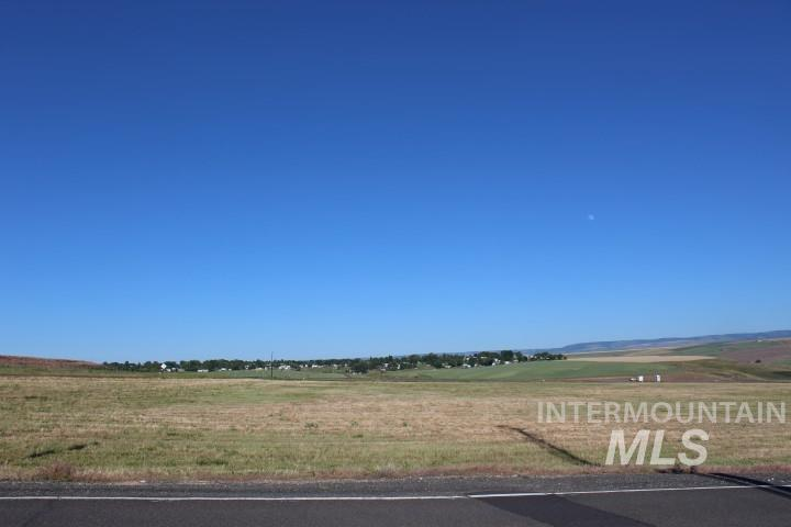 Commercial for Sale at 3784 6th Street 3784 6th Street Lewiston, Idaho 83501