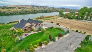 Single Family Home for Sale at 7644 River Front Drive 7644 River Front Drive Marsing, Idaho 83639