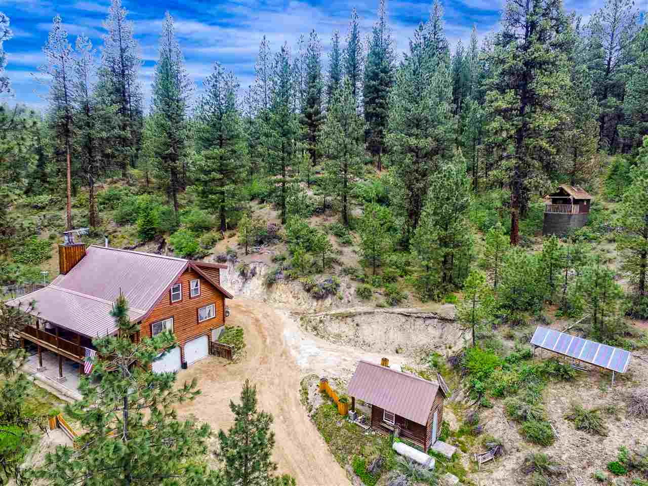 独户住宅 为 销售 在 4 Glen Forest Lane 4 Glen Forest Lane Idaho City, 爱达荷州 83631