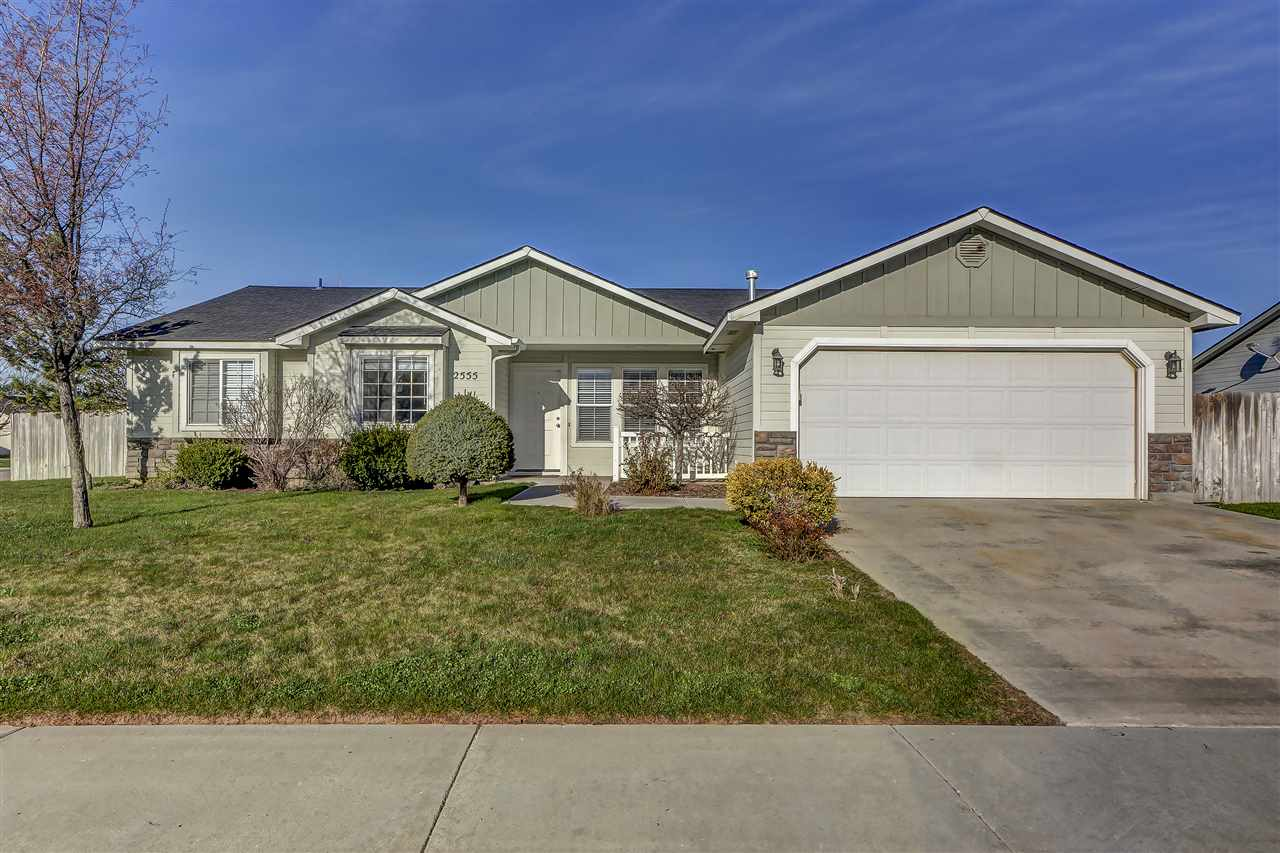 2555 NW 8th Ave, Meridian, ID 83646