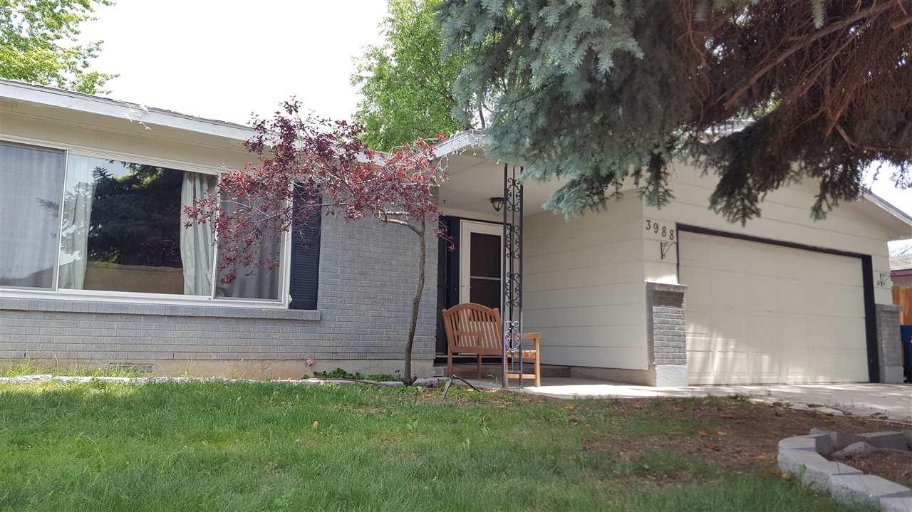 3988 N Pepperwood, Boise, ID 83704