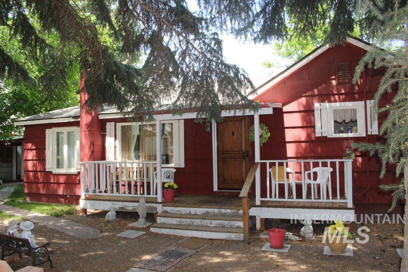 517 E 5th Street, Shoshone, ID 83352