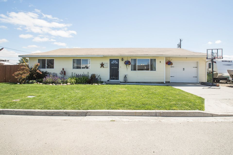 613 Oregon Avenue, New Plymouth, ID 83655