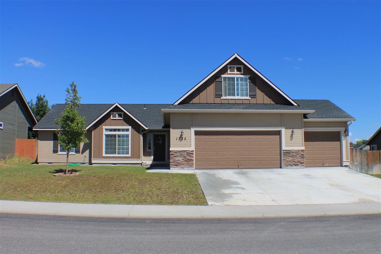 1332 N 14th East, Mountain Home, ID 83647