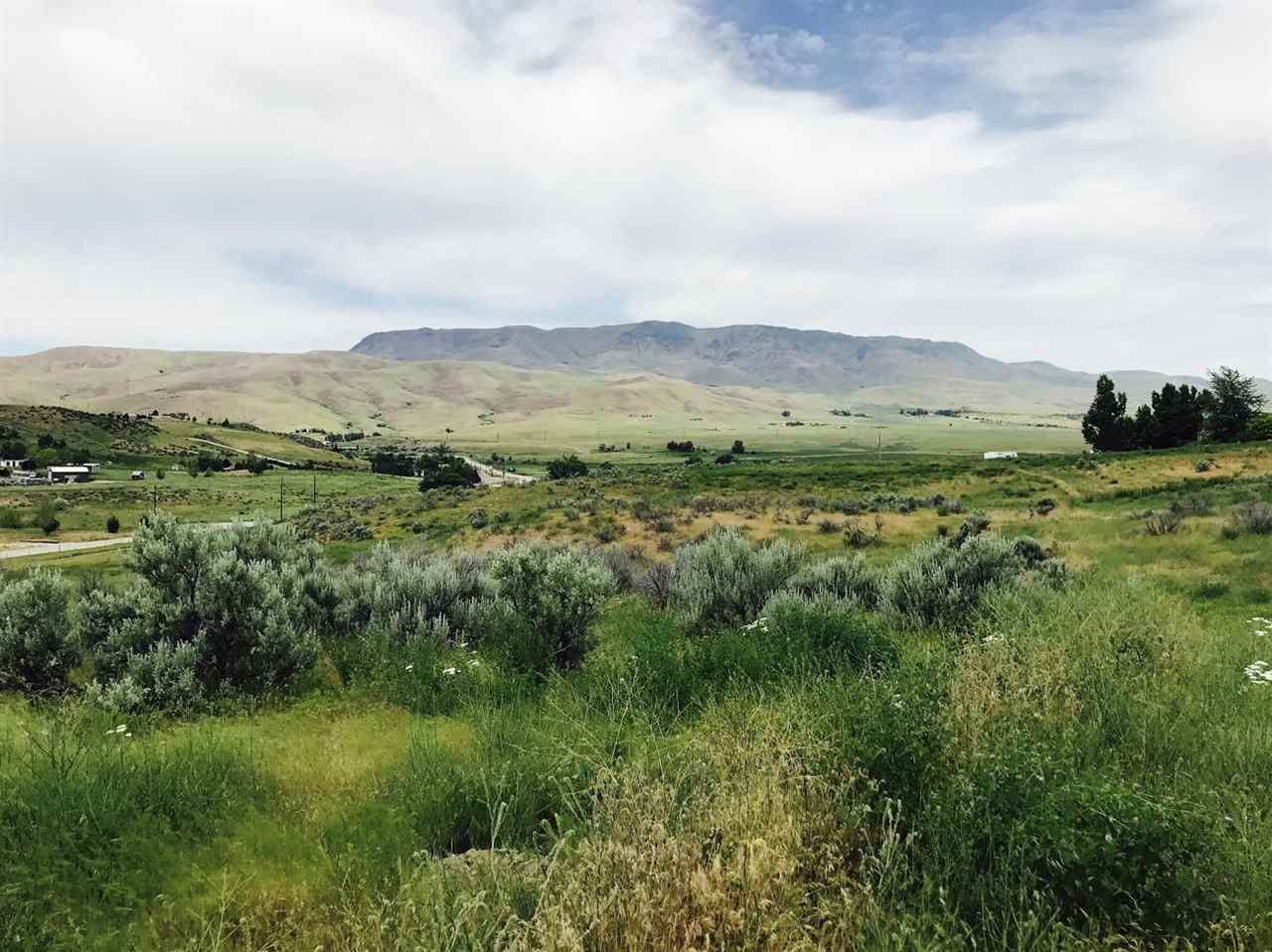 Land for Sale at 9.8 Acres N Highway 52 Sweet, Idaho 83617
