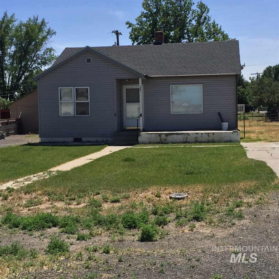 189 7th Ave W, Wendell, ID 83355