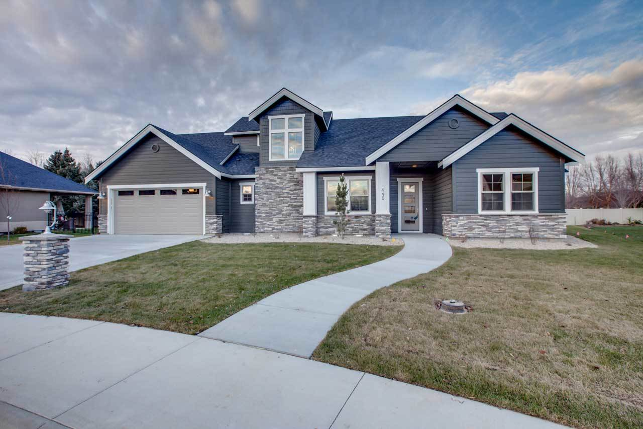 440 N Timberwolf Place, Eagle, ID 83616