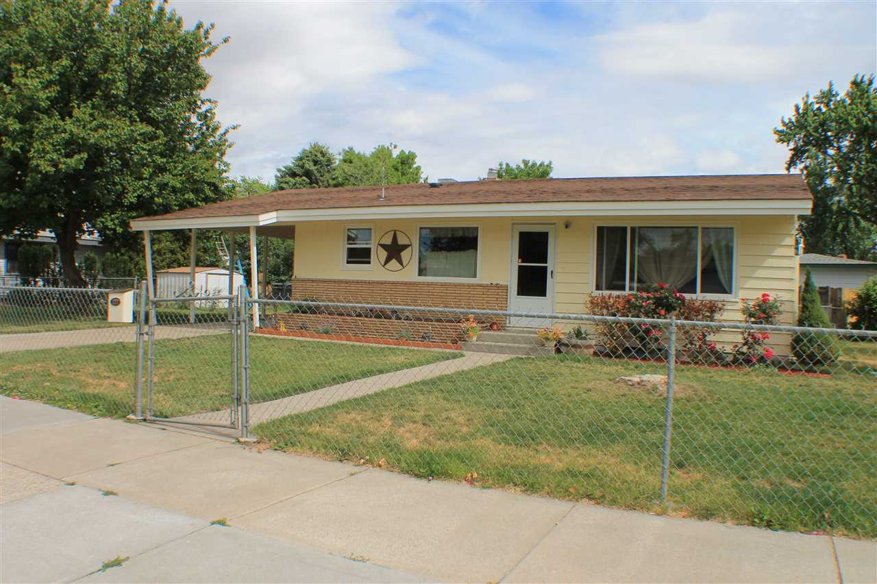 890 E 11th N, Mountain Home, ID 83647
