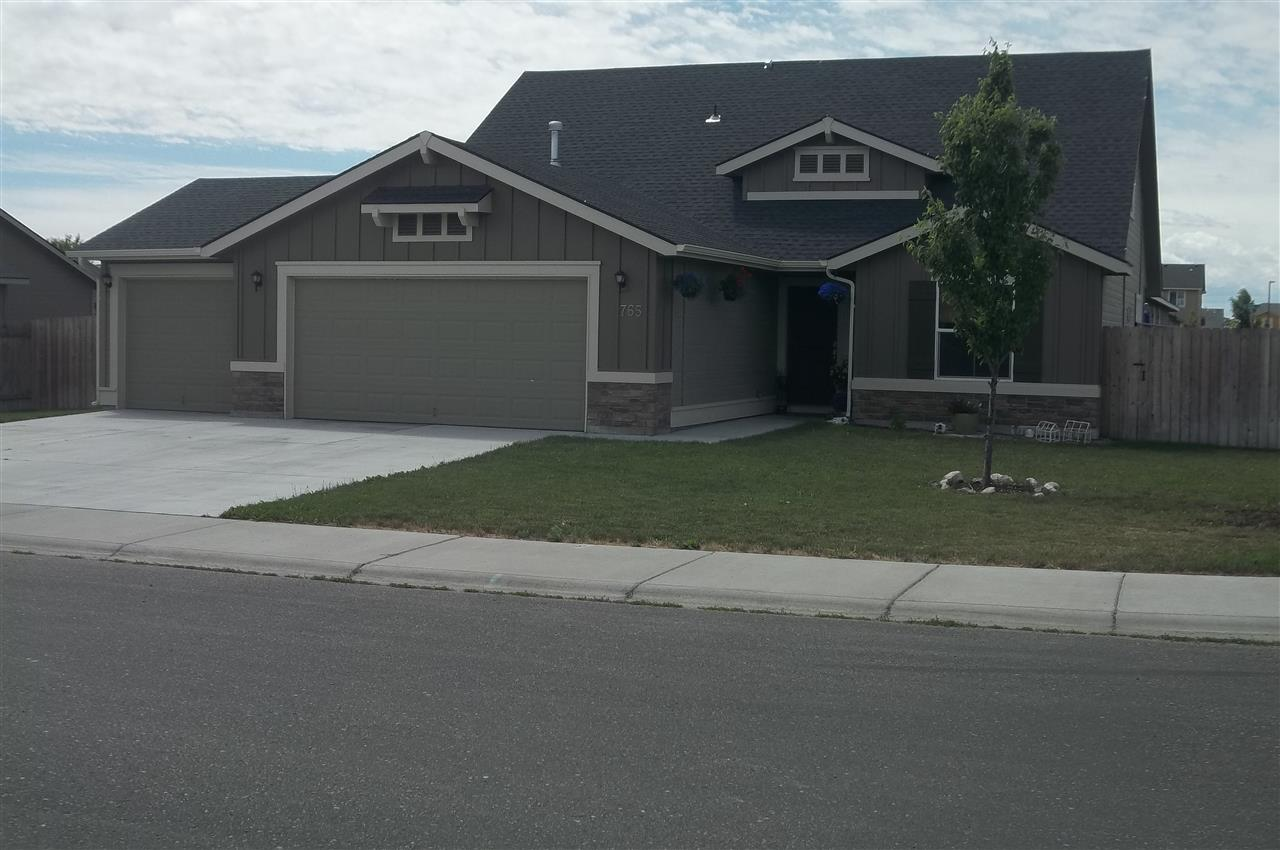 765 SW Panner, Mountain Home, ID 83647