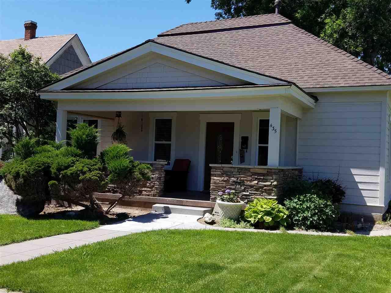 435 N 4th E, Mountain Home, ID 83647