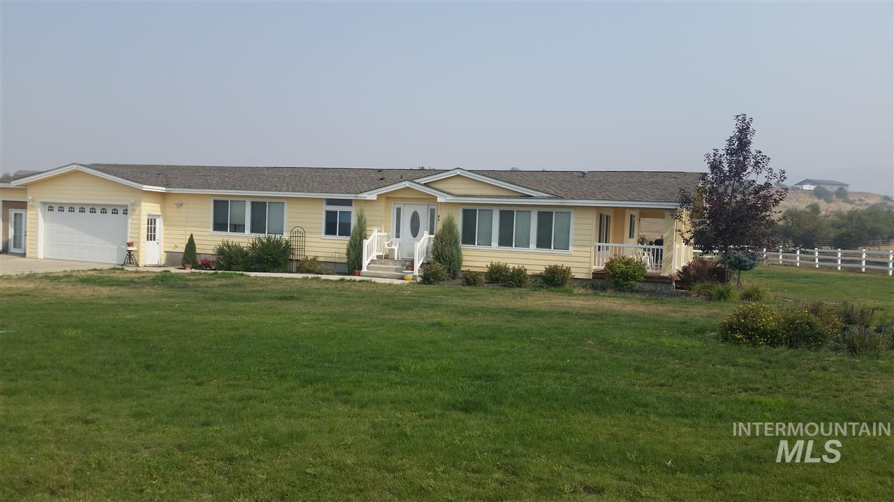 Single Family Home for Sale at 49 Grangeville Salmon Road 49 Grangeville Salmon Road Grangeville, Idaho 83530