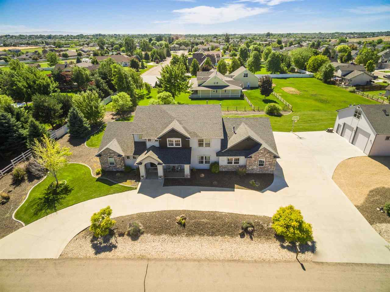 6647 S Star Struck Ave, Boise, ID 83709