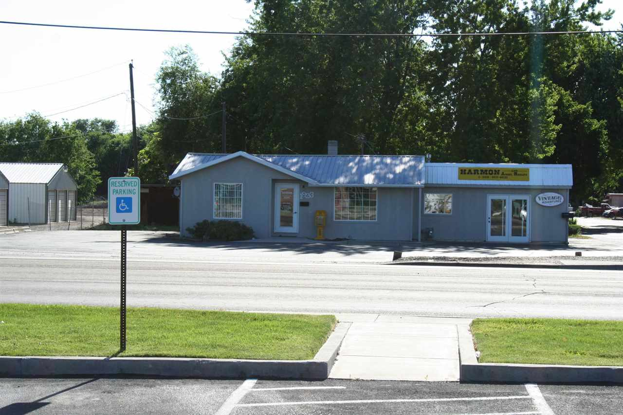 Commercial for Sale at 1823 N Whitley Dr. Fruitland, Idaho 83619
