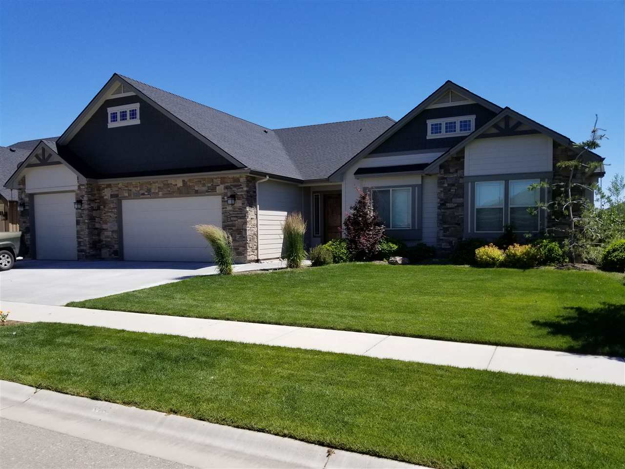6023 W Founders Dr, Eagle, ID 83616